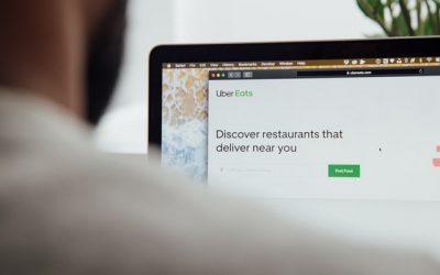 Deliveroo e Uber Eats a confronto